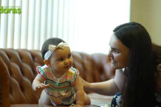 (VIDEO) Barza întârzie? Îi trimitem o invitație specială! Istoria cu final fericit a unei mame din Chișinău