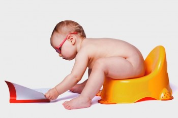 4 etape de învățare a copilului să meargă la oliță