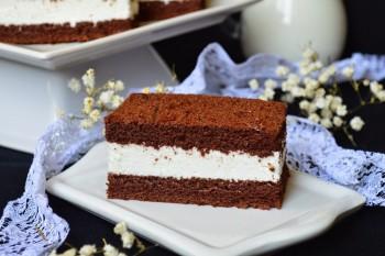 Un desert adorat de pici – prăjitura Kinder