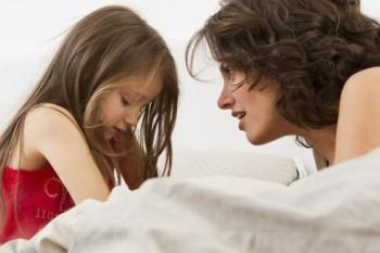 Masturbarea la copii trebuie să îngrijoreze părinții? Psihoterapeutul răspunde