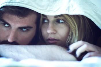 Psihologul explică de ce bărbaţii înşală femeile pe care le iubesc